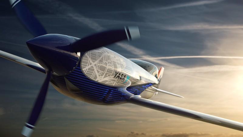 Rolls-Royce'un tamamen elektrikli uçağı ilk uçuşunu tamamladı 11