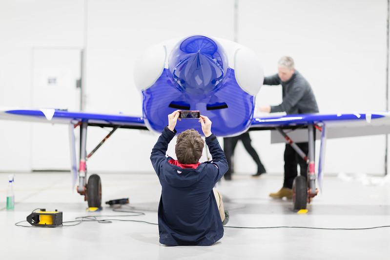 Rolls-Royce'un tamamen elektrikli uçağı ilk uçuşunu tamamladı 16