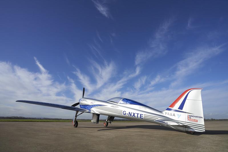 Rolls-Royce'un tamamen elektrikli uçağı ilk uçuşunu tamamladı 25