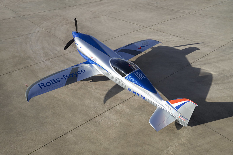 Rolls-Royce'un tamamen elektrikli uçağı ilk uçuşunu tamamladı 26