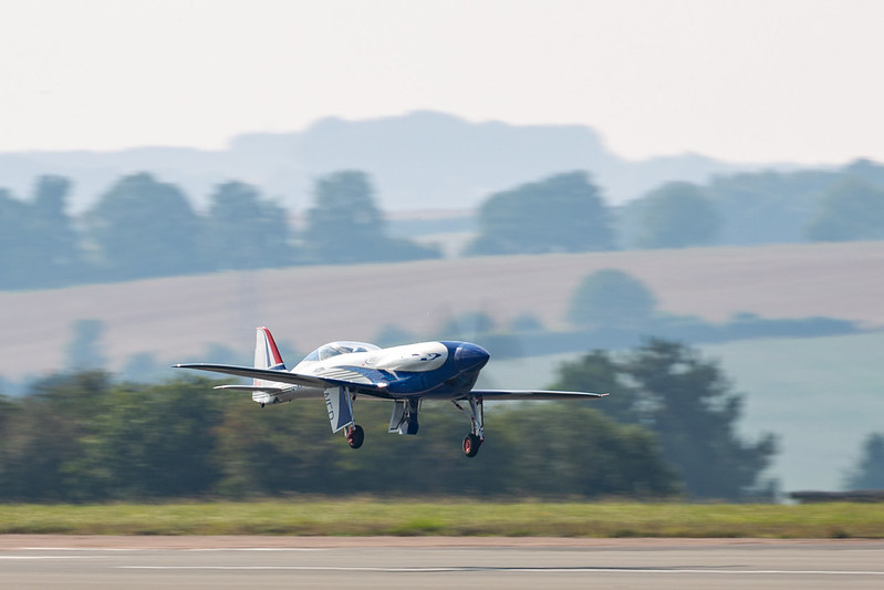 Rolls-Royce'un tamamen elektrikli uçağı ilk uçuşunu tamamladı 30