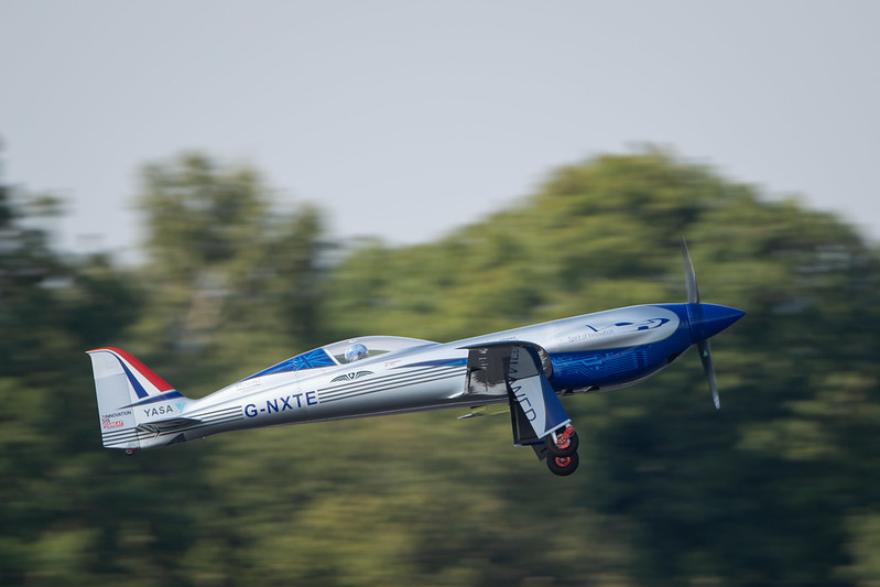 Rolls-Royce'un tamamen elektrikli uçağı ilk uçuşunu tamamladı 33