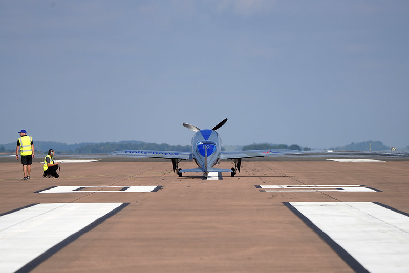 Rolls-Royce'un tamamen elektrikli uçağı ilk uçuşunu tamamladı 36