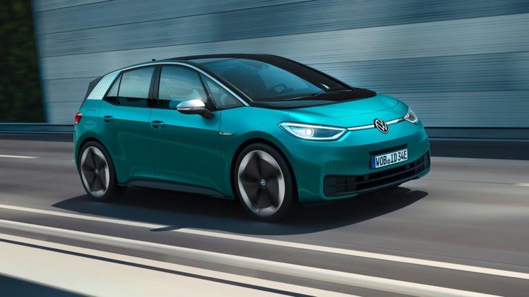 En uzun menzile sahip 30 elektrikli otomobil 29