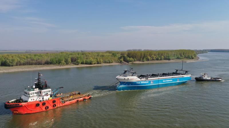 Elektrik motorlu, personelsiz kargo gemisi ilk seferine hazırlanıyor 4