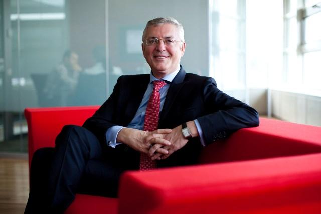 Ali Rıza Ersoy, Siemens`in Endüstri Sektörü Lideri oldu