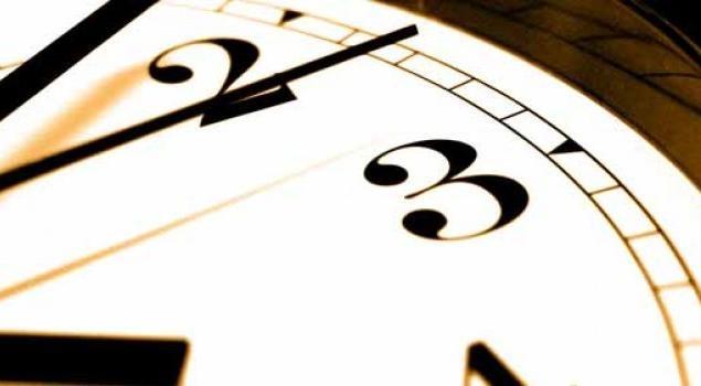 EMO: Yaz saati talebi arttırıyor, elektriği verimli kullanalım