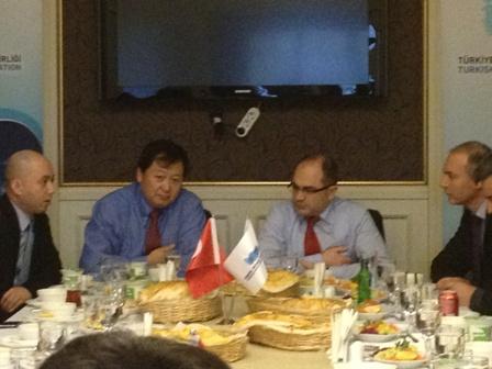 Türk ve Çinli rüzgârcılar işbirliği arayışında