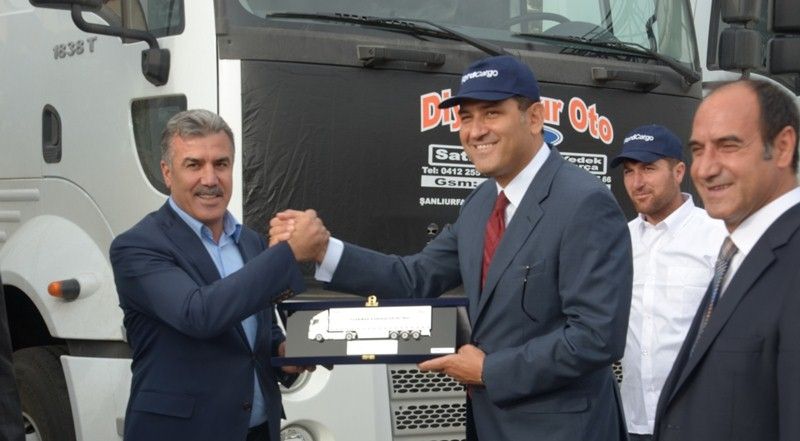 Şırnaklı Özakman Petrol'e 15 Cargo çekici
