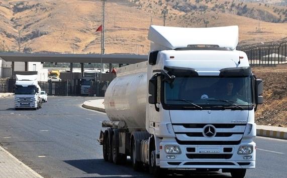 Irak`tan tankerlerle Kürt petrolü akışı yeniden başladı