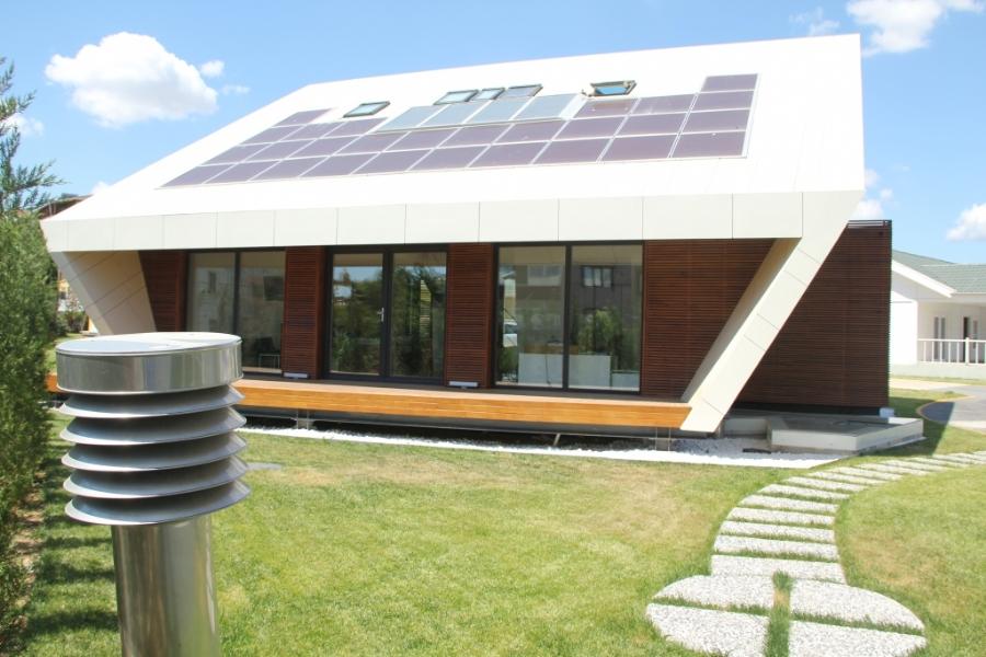 """Steelife, """"Ekolojik Ev"""" ile enerji faturasını sıfırlıyor"""
