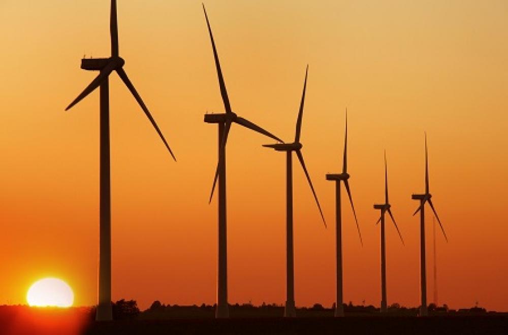 Enda'nın Çeşme'deki RES'leri elektrik üretmeye başladı