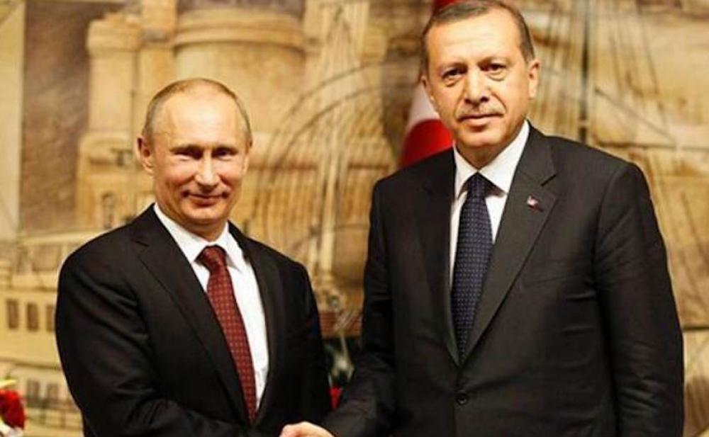 Putin: Yatırımlardaki düşüş petrolü vuracak