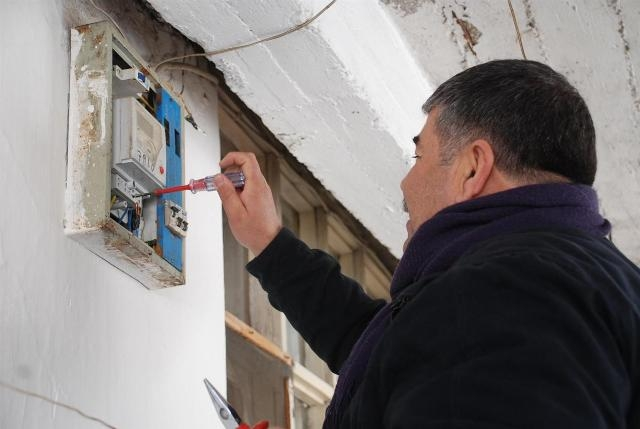 Başbakan`dan kaçak elektrik uyarısı
