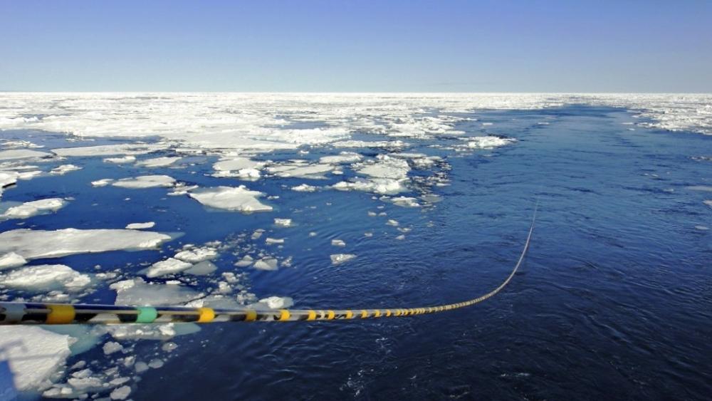 Gazprom Kutuplarda petrol üretimini arttırıyor