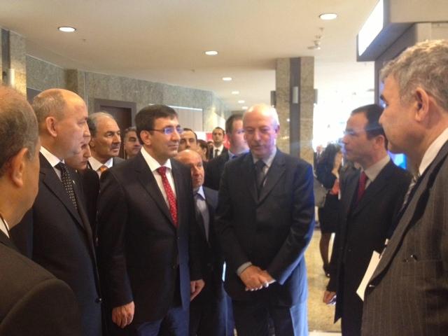 Schneider Electric Türkmenistan'ı yakından izliyor