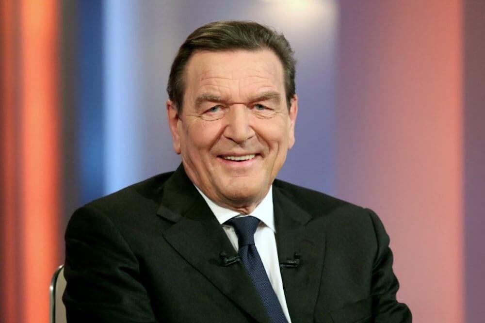 Eski Alman Başbakanı Schröder Rosneft yönetiminde