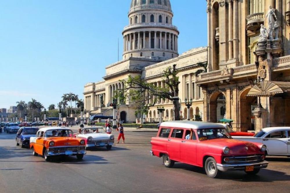 Küba elektrik üretiminde LNG'yi kullanacak