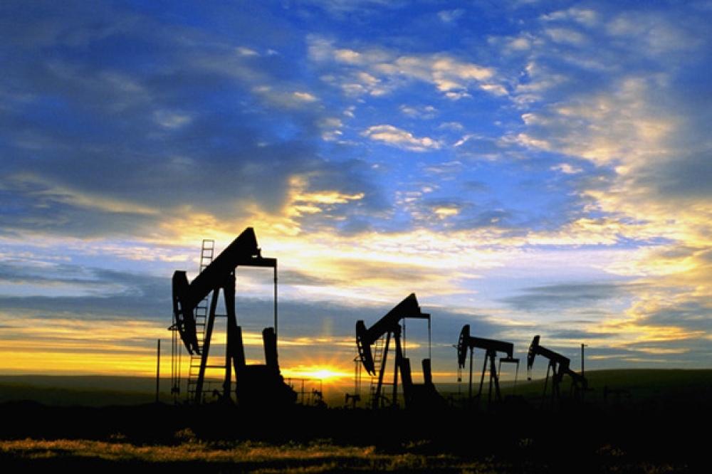 Eylül'de petrol piyasalarında ikiz zirve