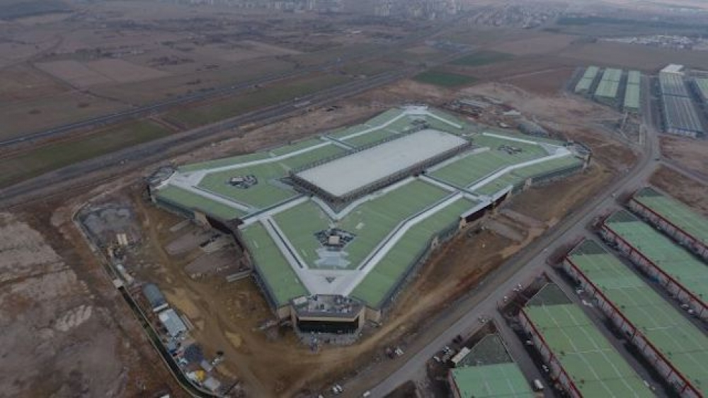 Türkiye'nin en büyük çatı santrali açıldı