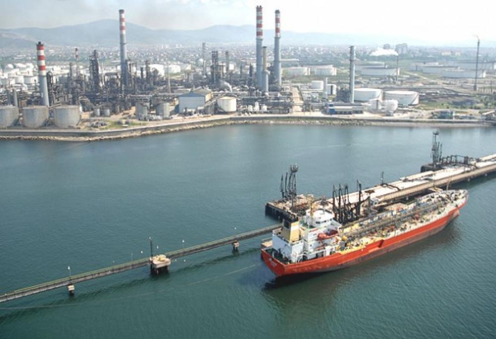 Japonya'nın Kasım'da ham petrol ithalatı % 2,2 arttı
