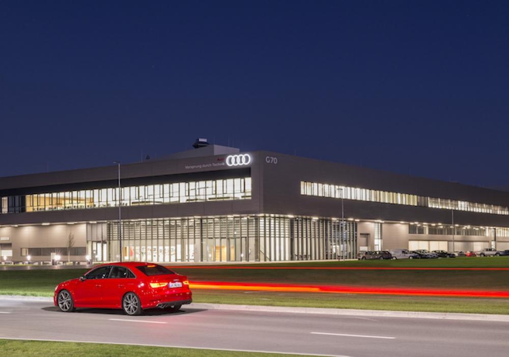 Audi fabrika çatısına güneş enerjisi santrali kuracak
