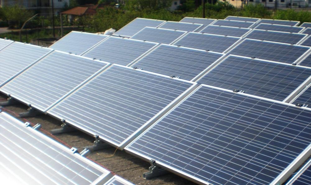 Lübnan 180 MW'lık güneş santralleri kuracak