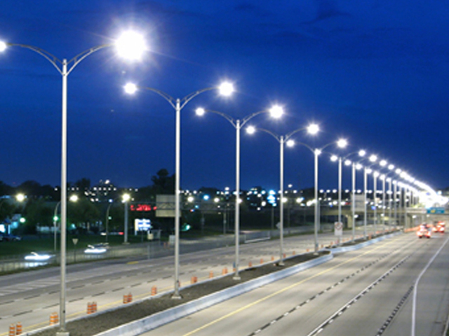 Sokak lambaları bir yıl daha otomatik okumadan muaf