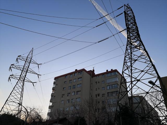 Elektrikte doğalgaz düşüşte yenilenebilir yükselişte