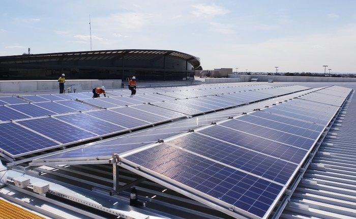 Ticari çatılar için ilk mobil güneş panelleri üretildi