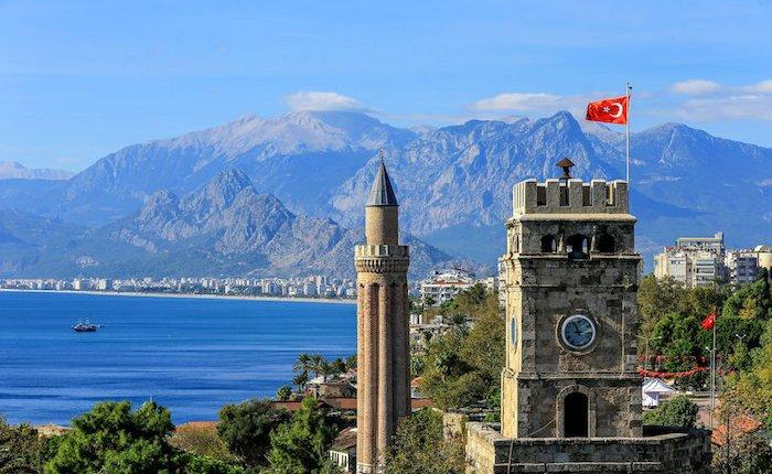 Antalya'da dizel araç yasaklı bölgeler için ilk adım atıldı