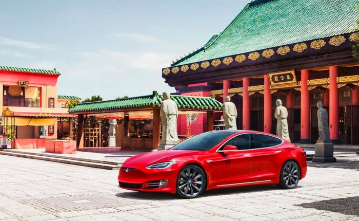 Çin Tesla'nın bazı modellerini vergiden muaf tutacak