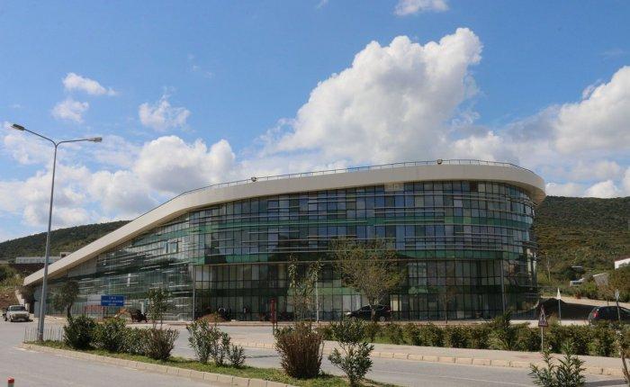 İzmir Yüksek Teknoloji Enstitüsü jeotermal uzmanı hoca arıyor