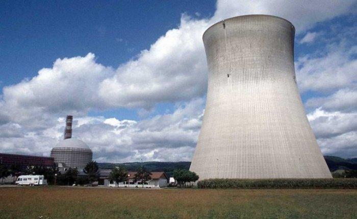 Fransa 15 yılda 3 nükleer santral kurmayı hedefliyor