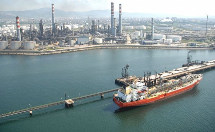 Çin'in petrol ithalatı 369 milyon ton oldu