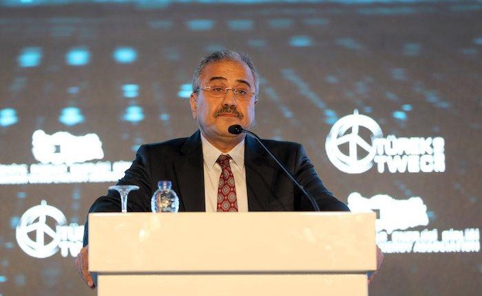EPDK Başkanı'ndan yabancı firmalara çağrı: Yenilenebilirde yerli üretimi önemsiyoruz