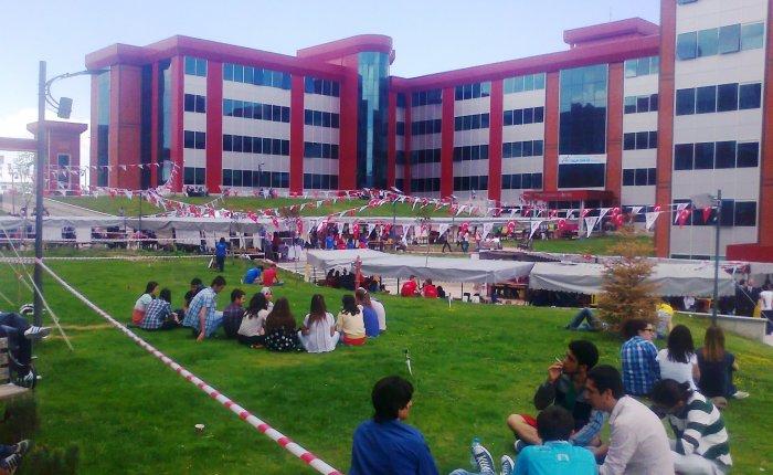 Mehmet Akif Ersoy Üniversitesi elektrik doçenti alacak