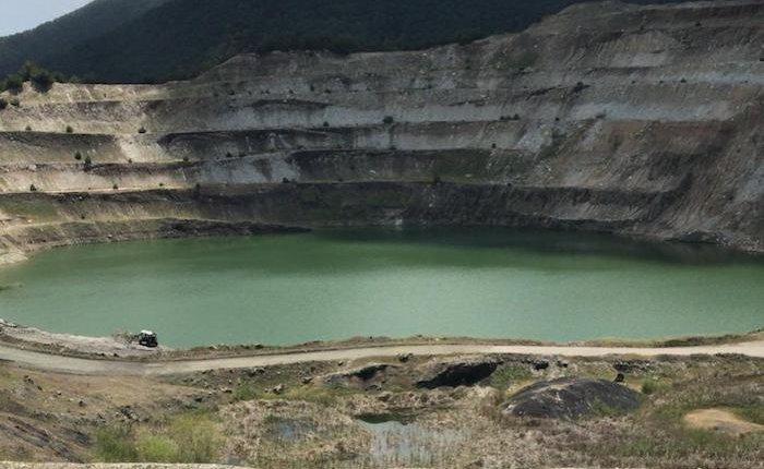 Türkiye'nin madencilik ve taşocakçılığı ithalatı Nisan'da azaldı
