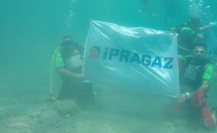 İpragaz çalışanları Saros Körfezi'nden 50 kg çöp çıkarttı