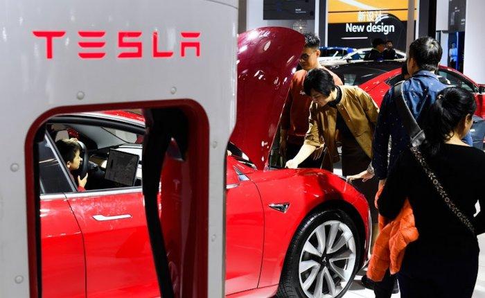 Çin menşeli Tesla arabalar satışa çıktı
