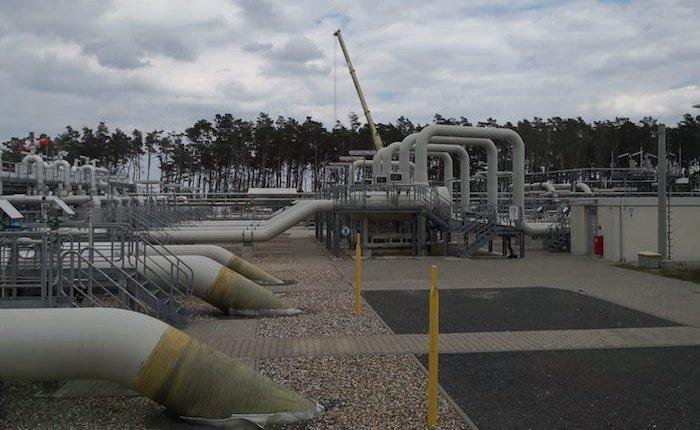 Kuzey Akım 2 inşası Almanya sularında yeniden başlıyor