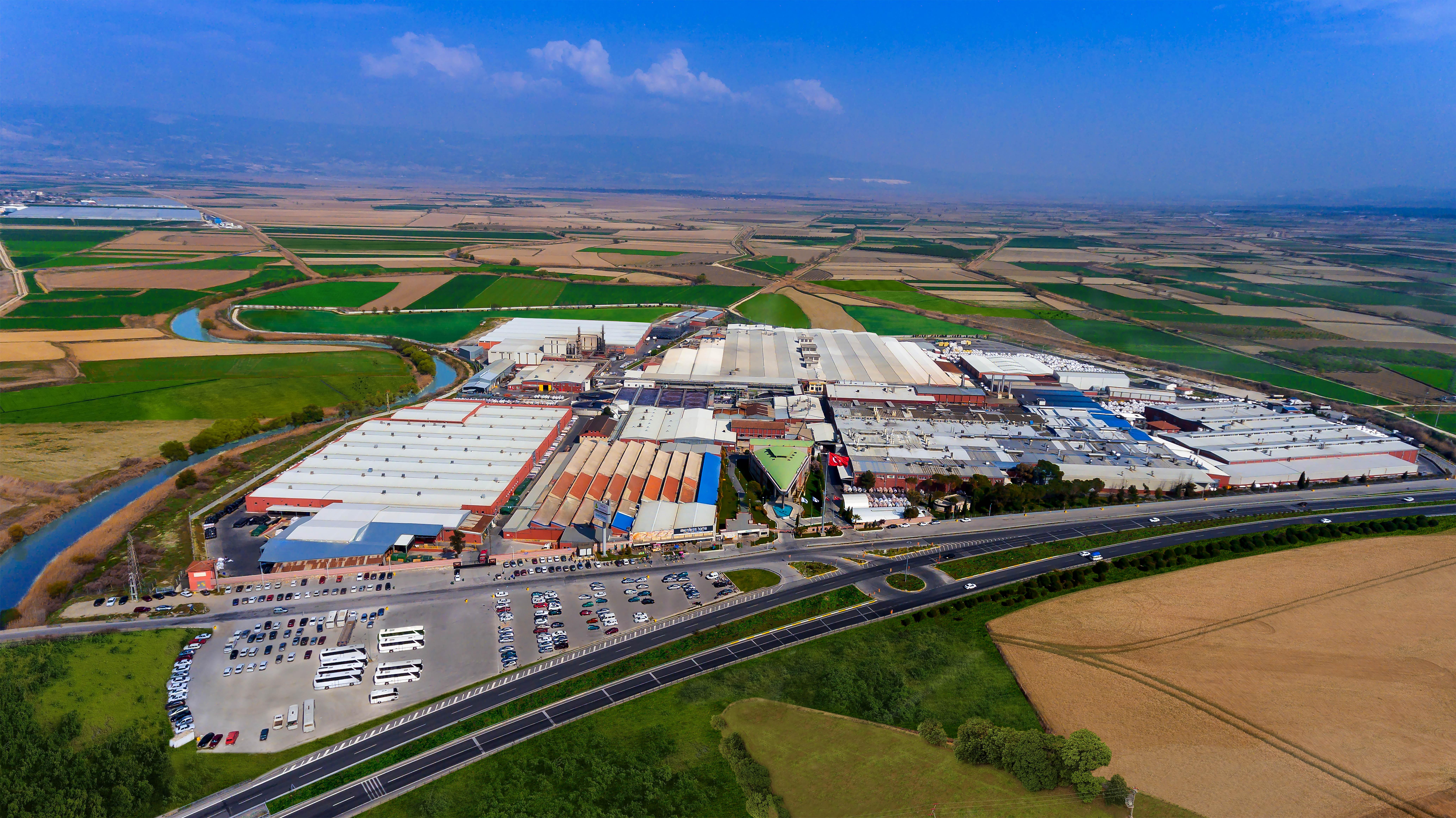 Menderes Tekstil Denizli fabrikasına çatı GES kurulacak