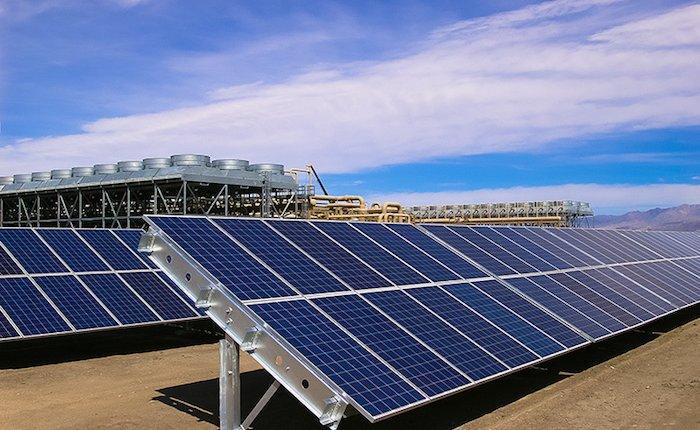 Zorlu Alaşehir JES'in elektriğini güneşten karşılayacak
