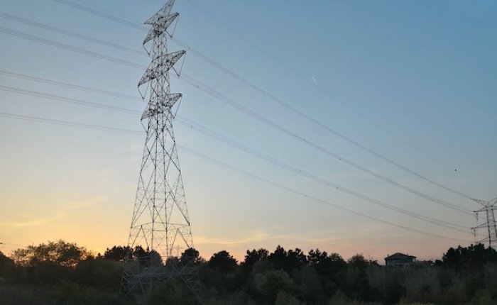 Spot elektrik fiyatı 20.01.2021 için 327.25 TL