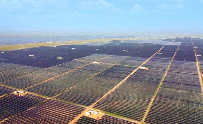 Çin 2020'de hem yenilenebilir hem de kömür yatırımlarını arttırdı