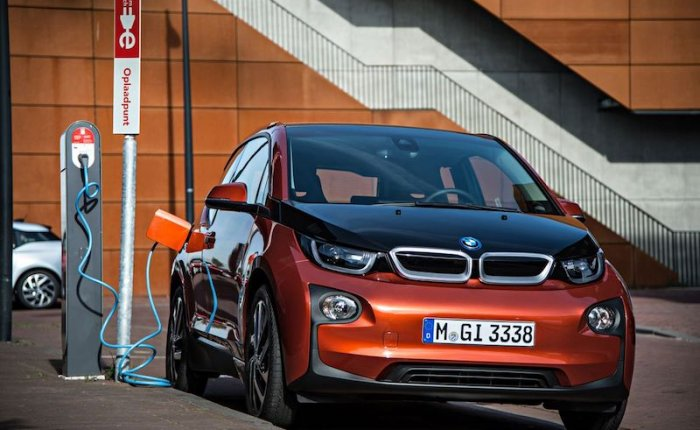 BMW'den 5 yeni elektrikli model