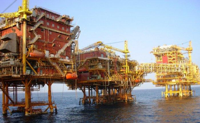Küresel petrol üretimi Mart'ta azaldı