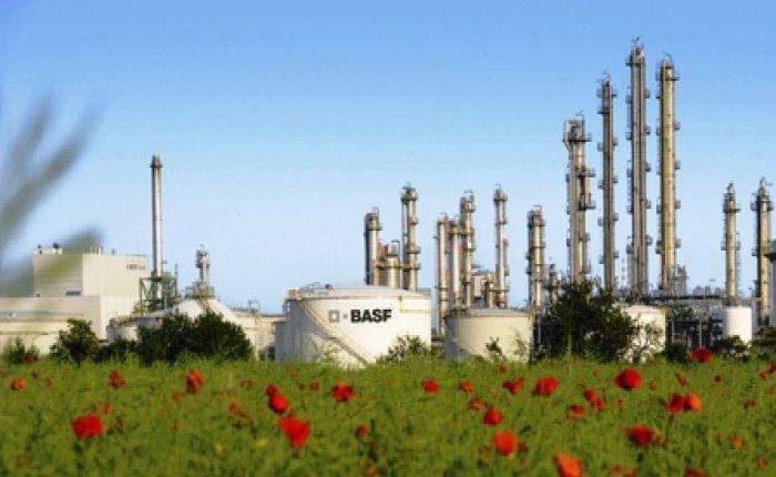 BASF kimyasal üretiminde RWE'nin rüzgar elektriğini kullanacak