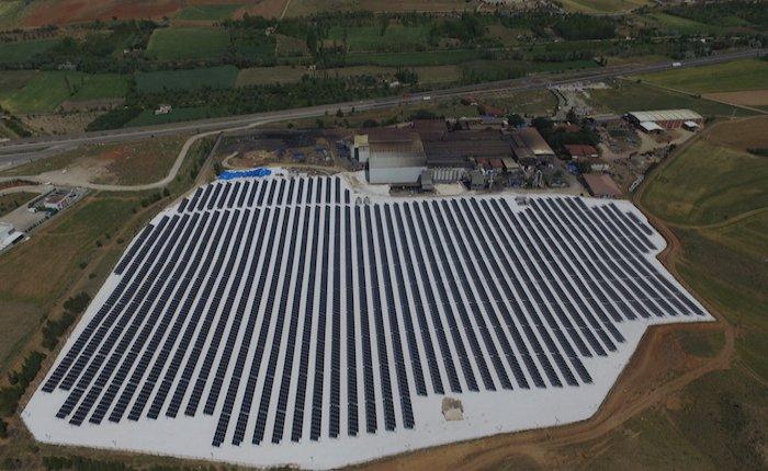 Çemaş güneş enerjisi santralinde üretime başladı