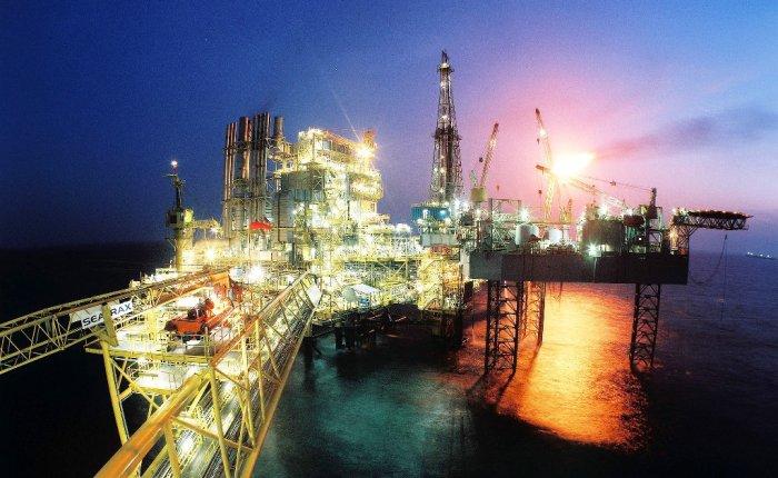 Katar küresel LNG talebinde 2040'ta zirve bekliyor